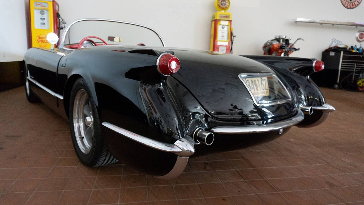 12th Image of a 1954 CHEVROLET CORVETTE RESTO MOD