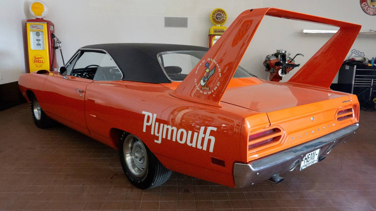 5th Image of a 1970 PLYMOUTH SUPERBIRD