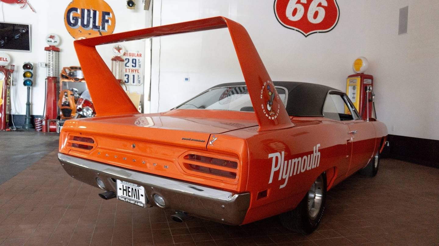 7th Image of a 1970 PLYMOUTH SUPERBIRD