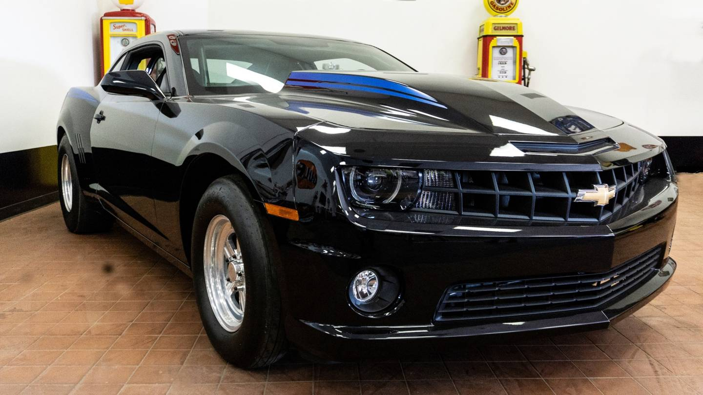 2nd Image of a 2012 CHEVROLET CAMARO COPO