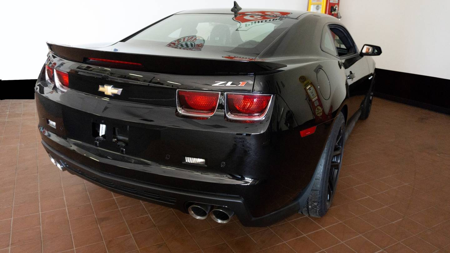 4th Image of a 2012 CHEVROLET CAMARO ZL1
