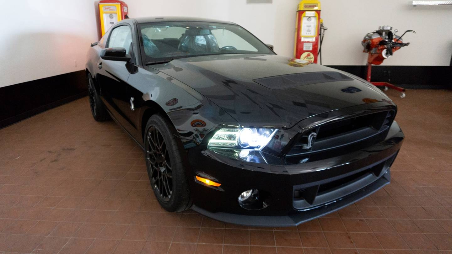 6th Image of a 2013 FORD MUSTANG SHELBY GT500