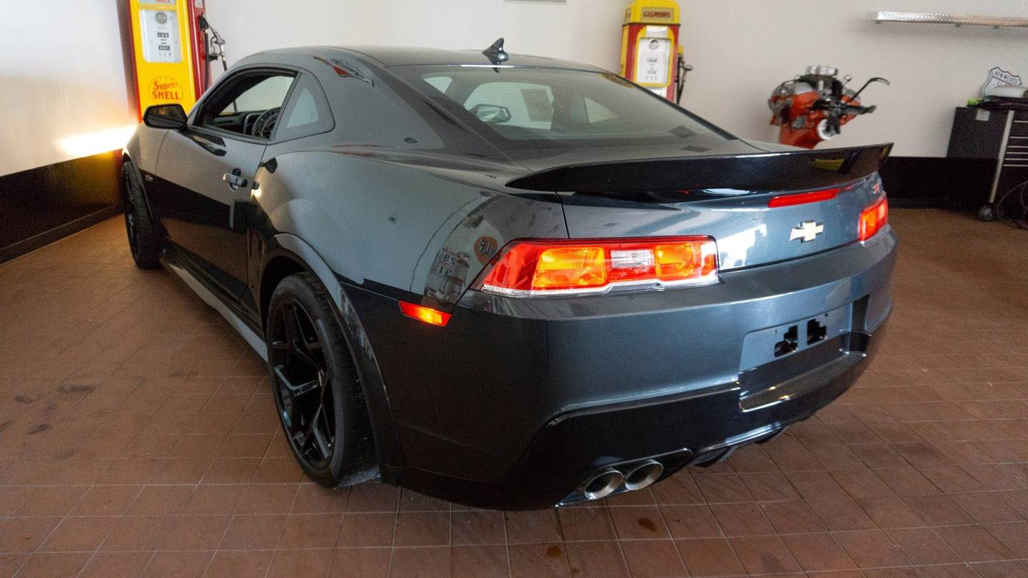 2nd Image of a 2014 CHEVROLET CAMARO Z28