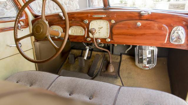11th Image of a 1935 DESOTO AIRFLOW