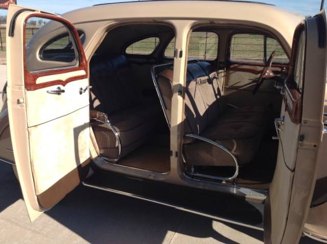 14th Image of a 1935 DESOTO AIRFLOW