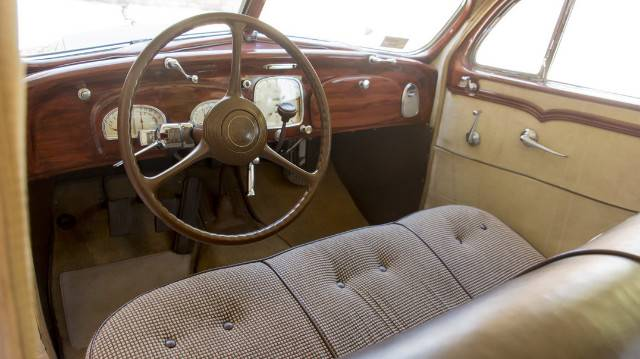 25th Image of a 1935 DESOTO AIRFLOW