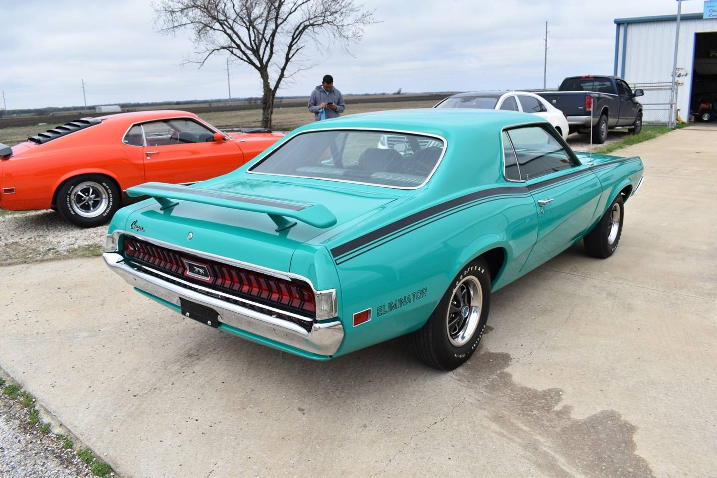 3rd Image of a 1970 MERCURY COUGAR