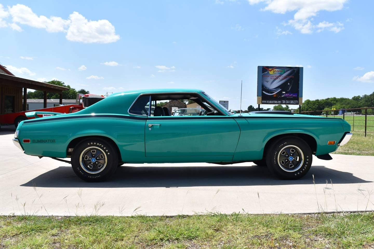 13th Image of a 1970 MERCURY COUGAR