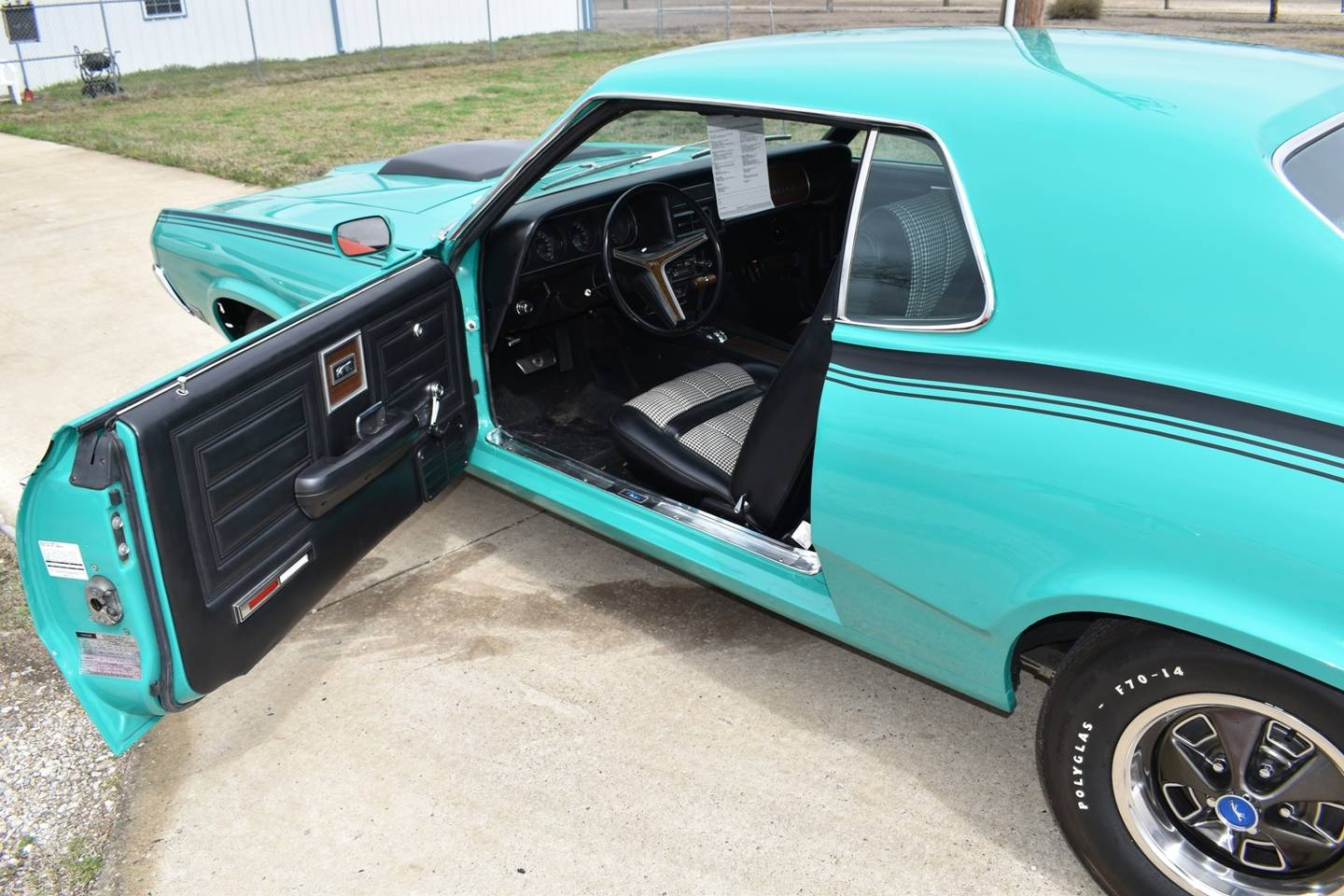 33rd Image of a 1970 MERCURY COUGAR