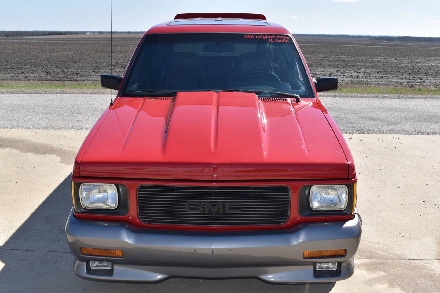 1st Image of a 1992 GMC TYPHOON