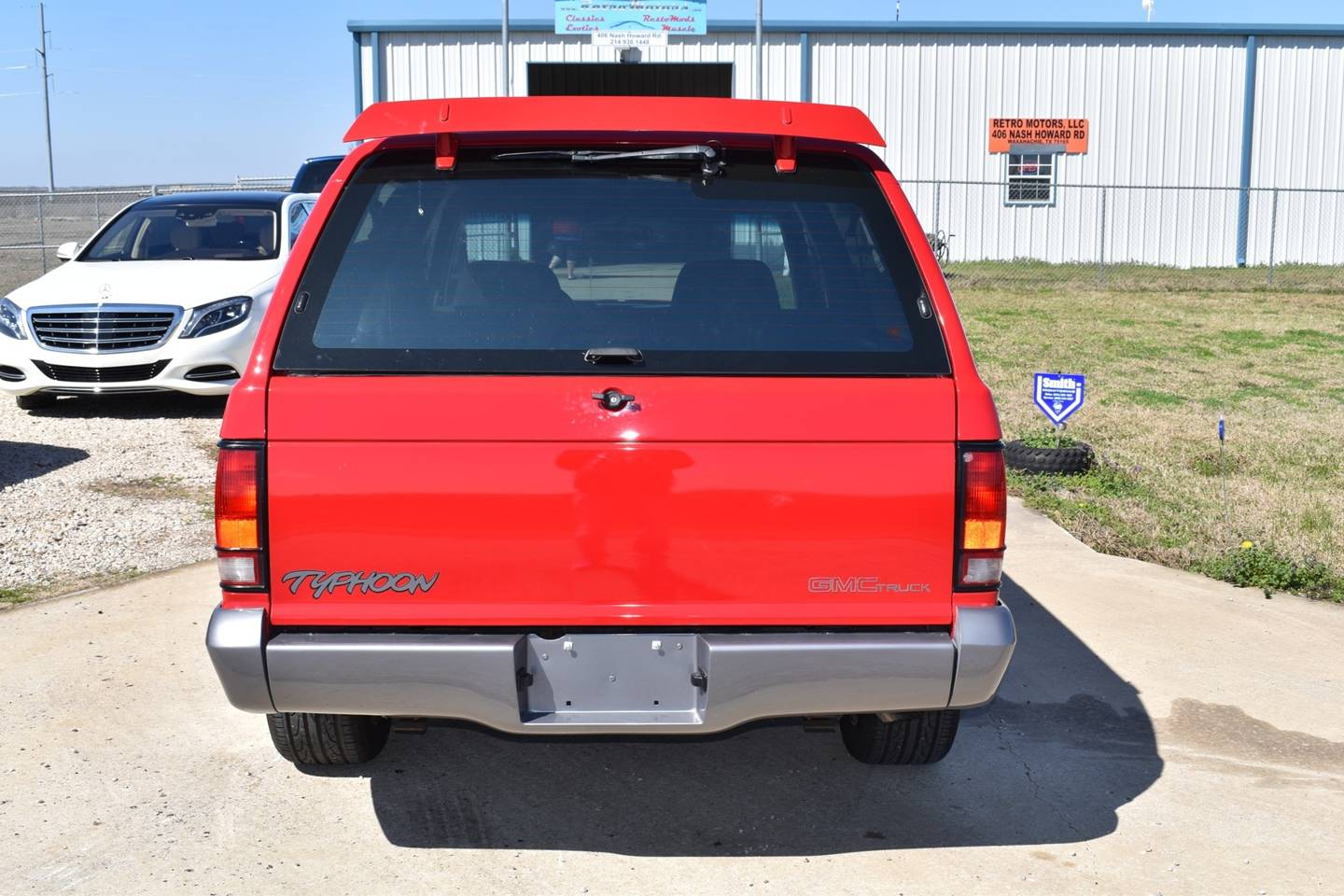 5th Image of a 1992 GMC TYPHOON