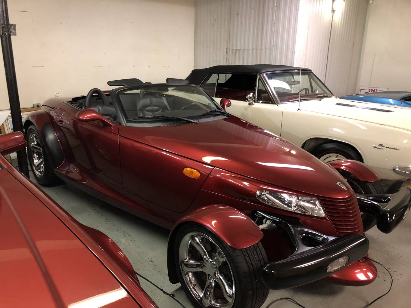 2nd Image of a 2002 CHRYSLER PROWLER