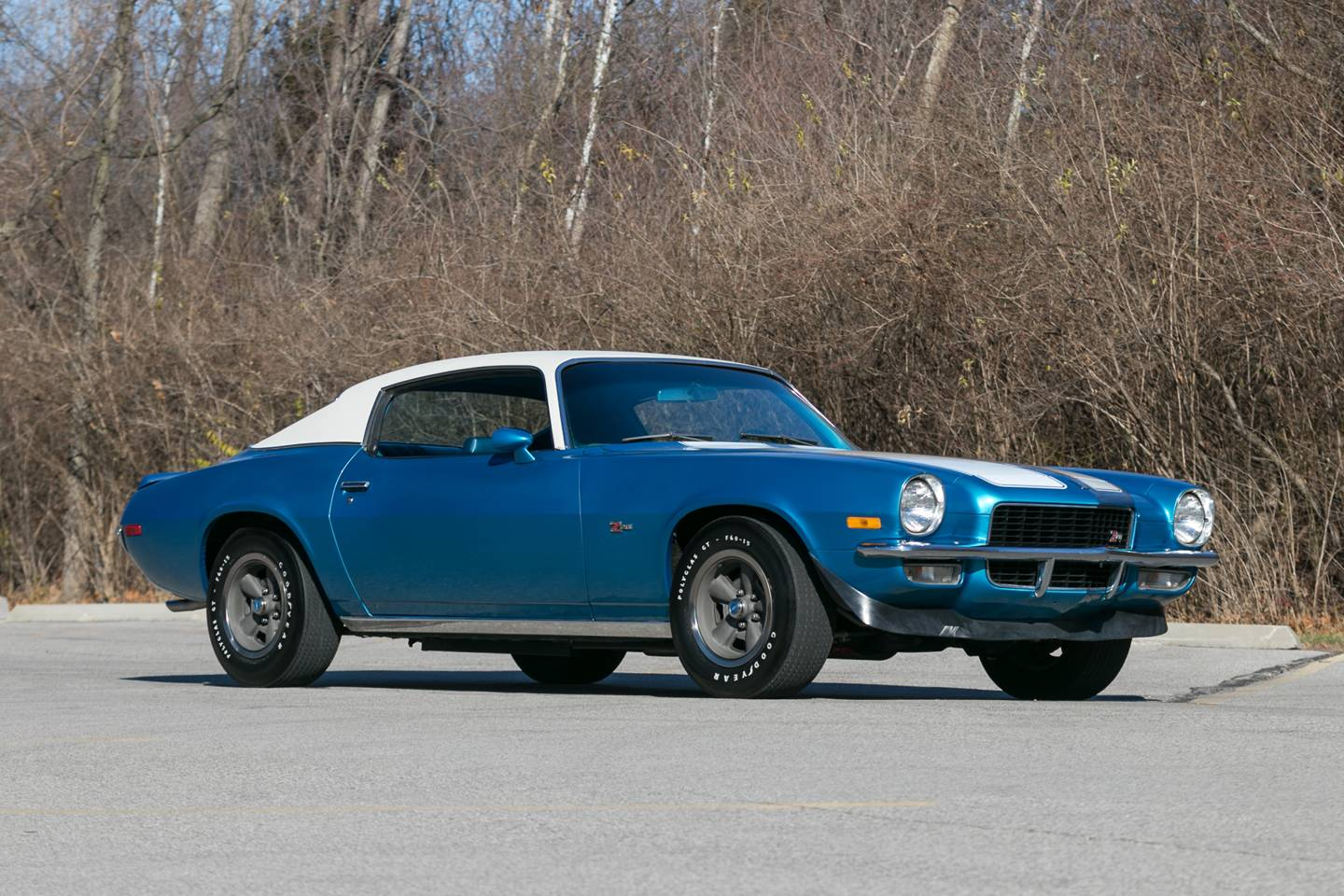 2nd Image of a 1970 CHEVROLET CAMARO Z28
