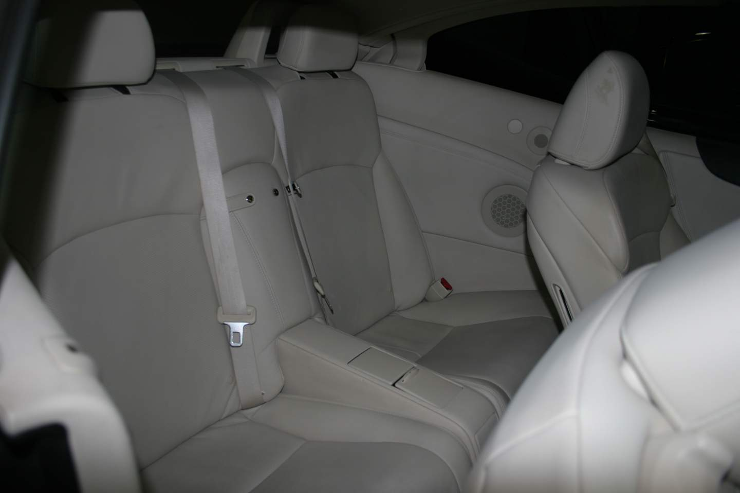 7th Image of a 2010 LEXUS IS 250C