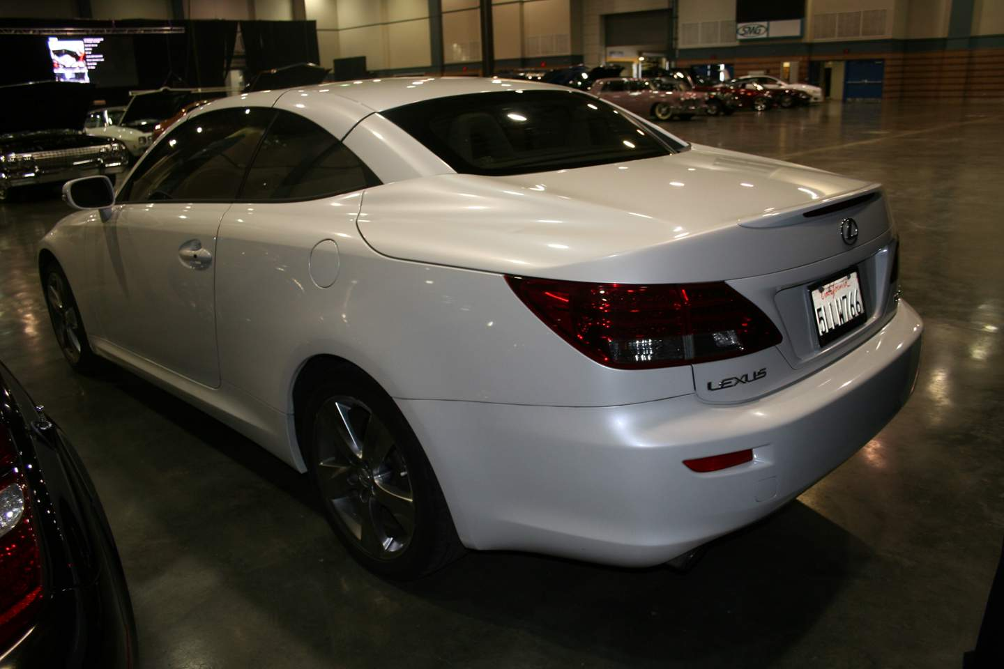 8th Image of a 2010 LEXUS IS 250C