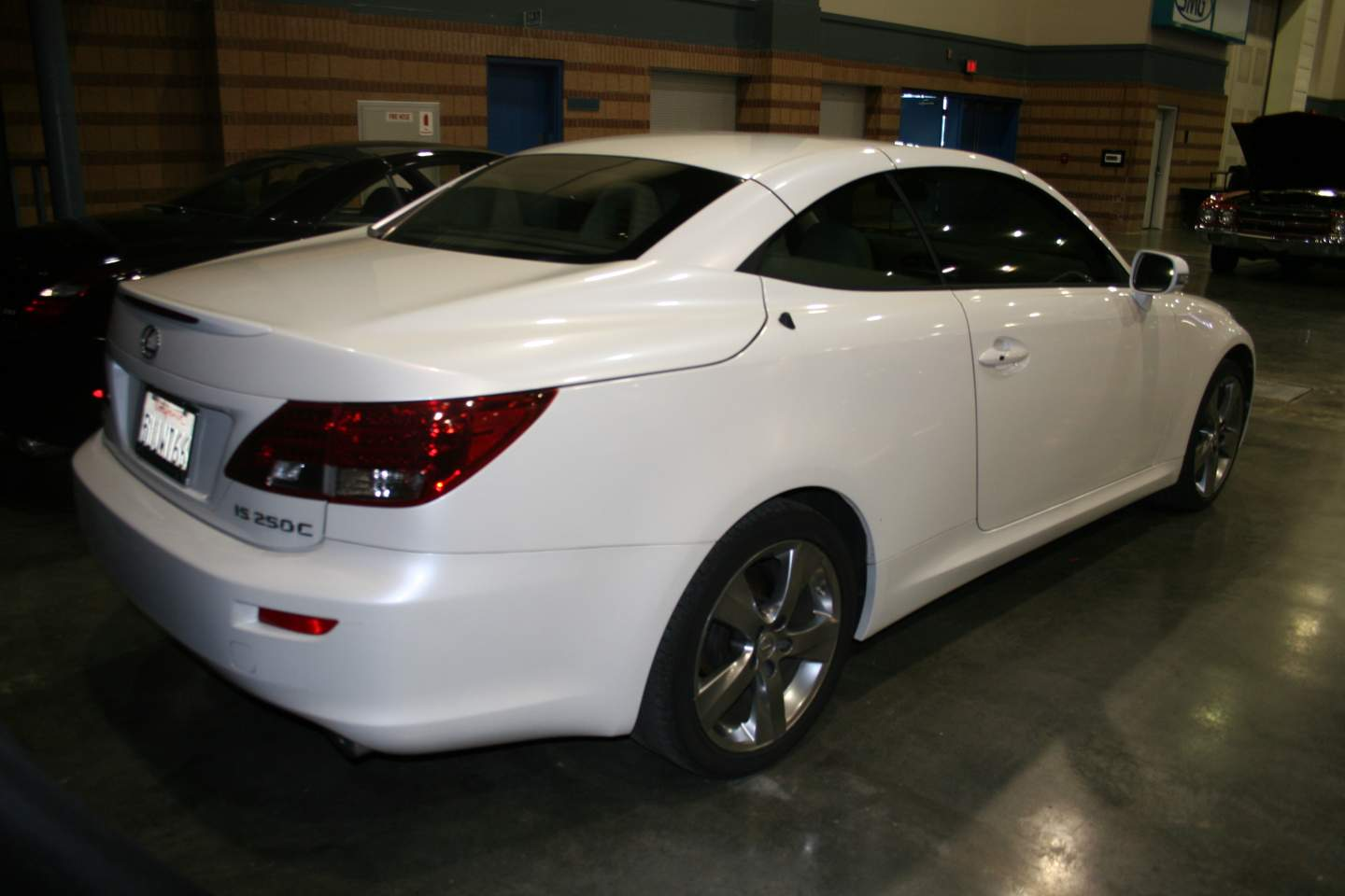 9th Image of a 2010 LEXUS IS 250C