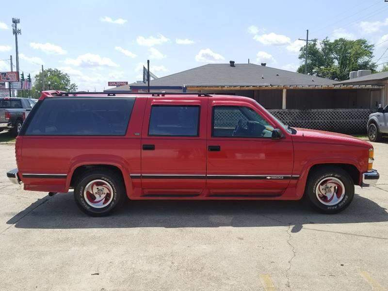 11th Image of a 1994 CHEVROLET SUBURBAN 1500