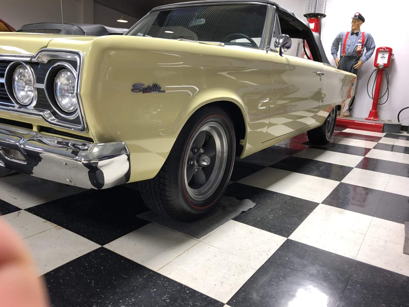 8th Image of a 1967 PLYMOUTH SATELLITE