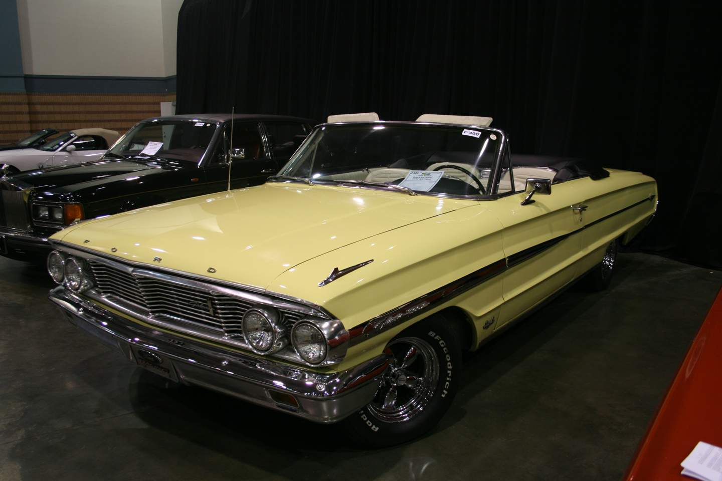 2nd Image of a 1964 FORD GALAXIE 500XL