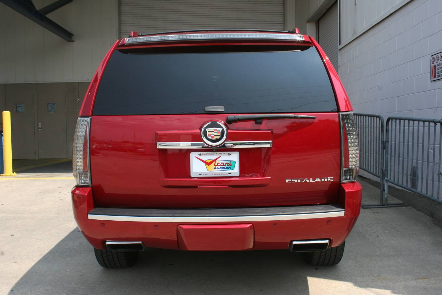 10th Image of a 2013 CADILLAC ESCALADE