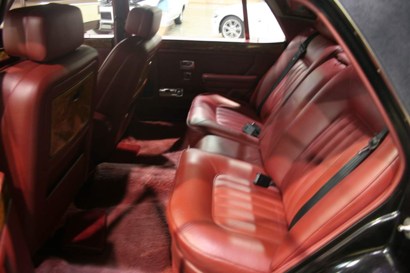 6th Image of a 1988 ROLLS ROYCE SILVER SPUR