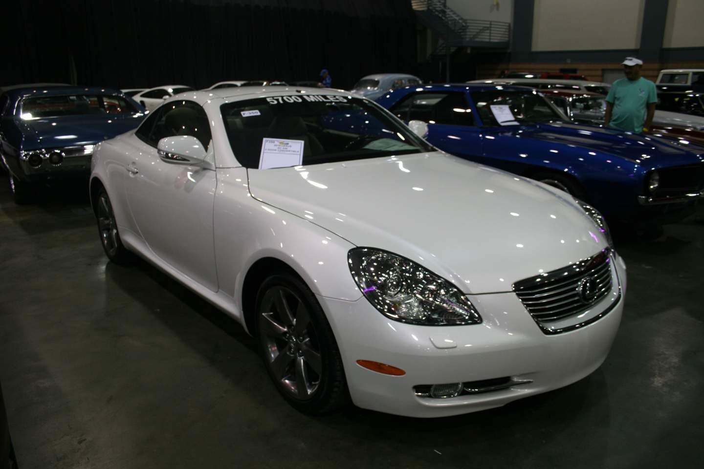 8th Image of a 2010 LEXUS SC 430