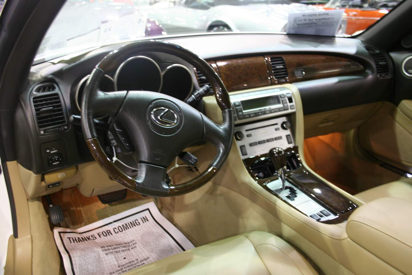 4th Image of a 2010 LEXUS SC 430