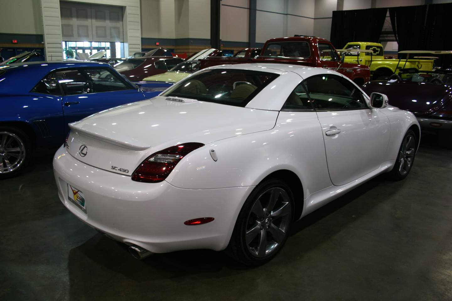 5th Image of a 2010 LEXUS SC 430