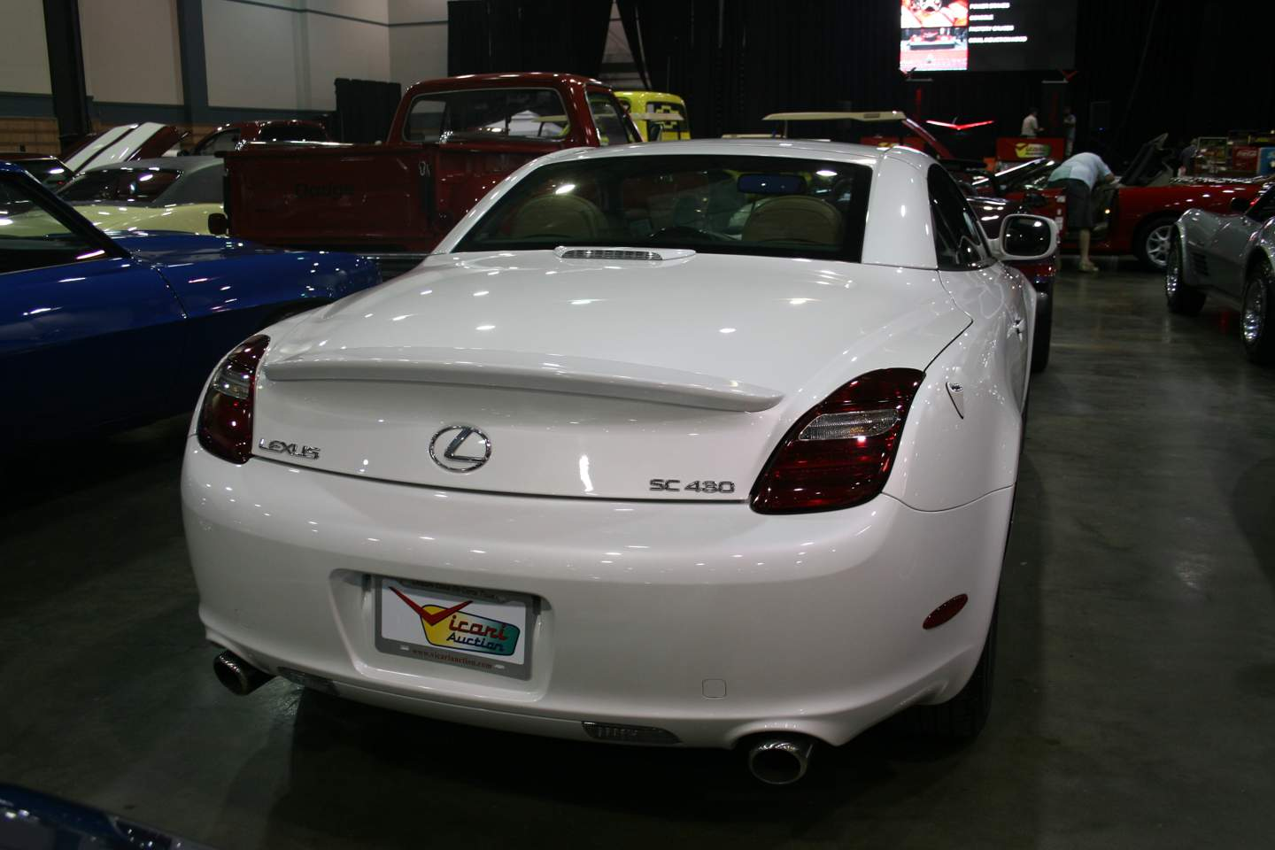 2nd Image of a 2010 LEXUS SC 430