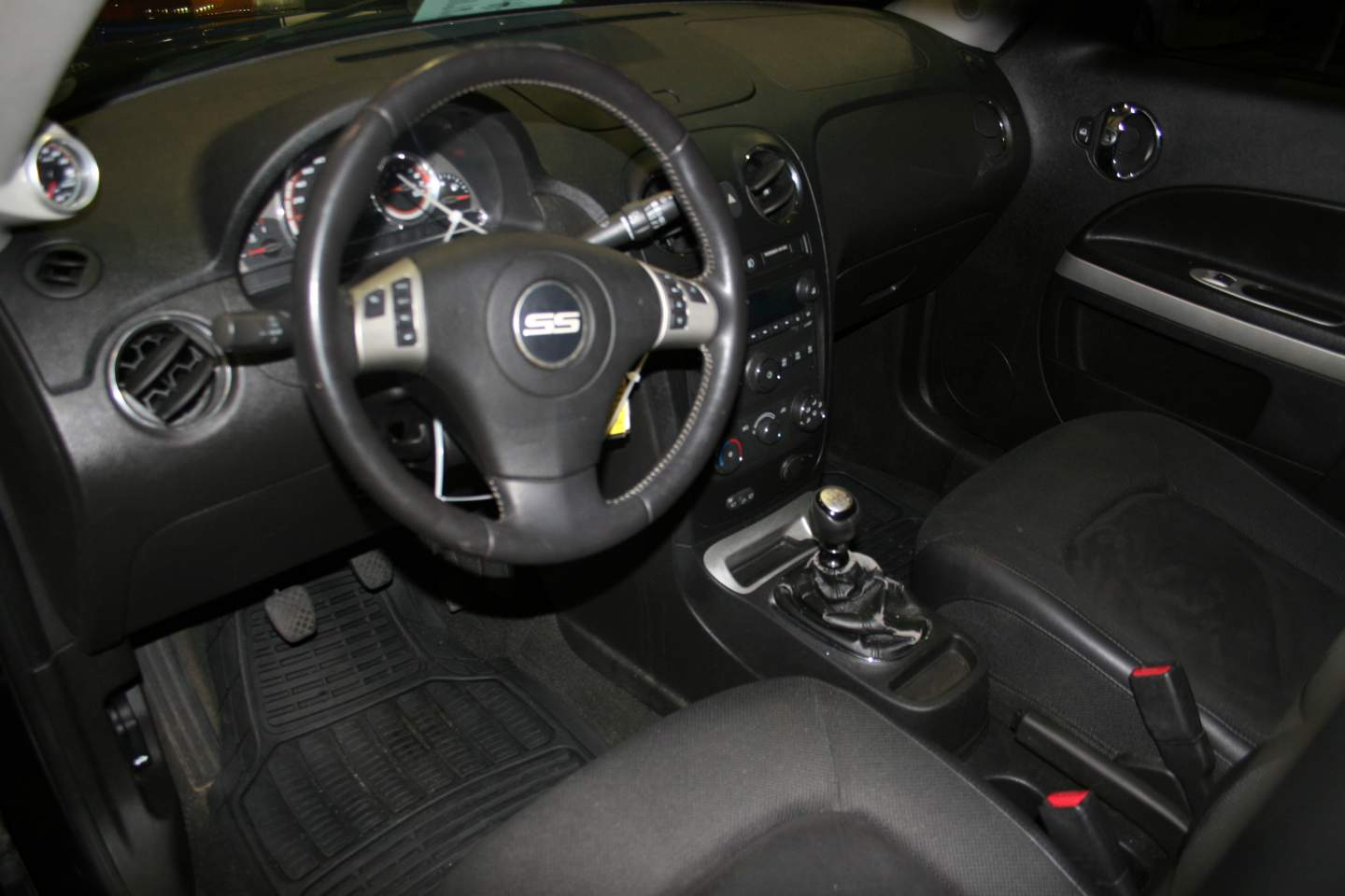 5th Image of a 2008 CHEVROLET HHR SS