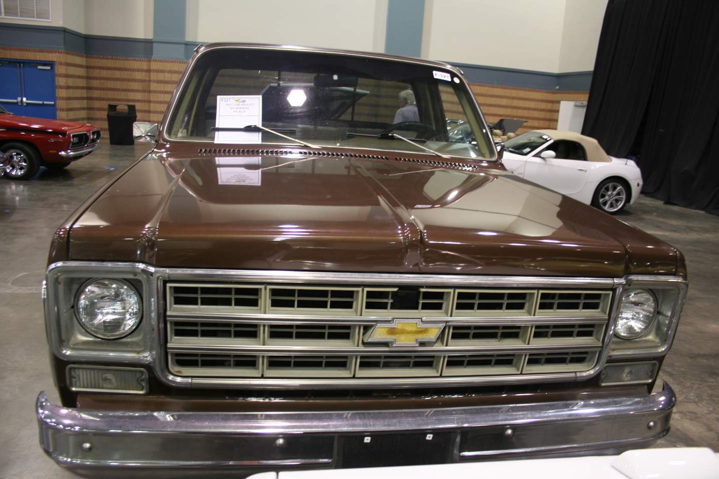 2nd Image of a 1977 CHEVROLET SILVERADO