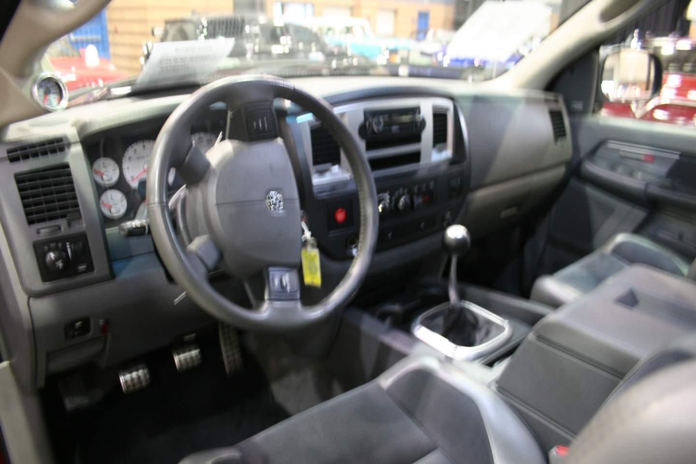 4th Image of a 2006 DODGE RAM PICKUP 1500 SRT-10