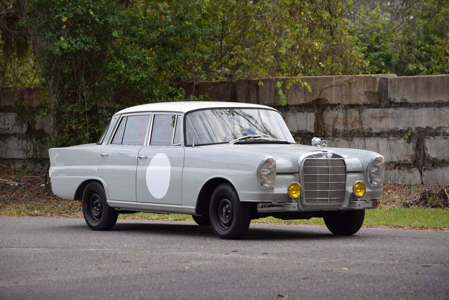 1st Image of a 1960 MERCEDES 220