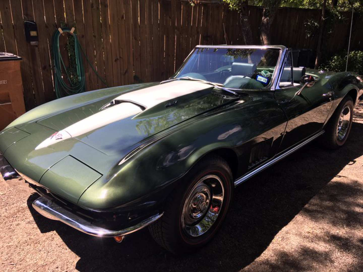 1st Image of a 1967 CHEVROLET CORVETTE STINGRAY