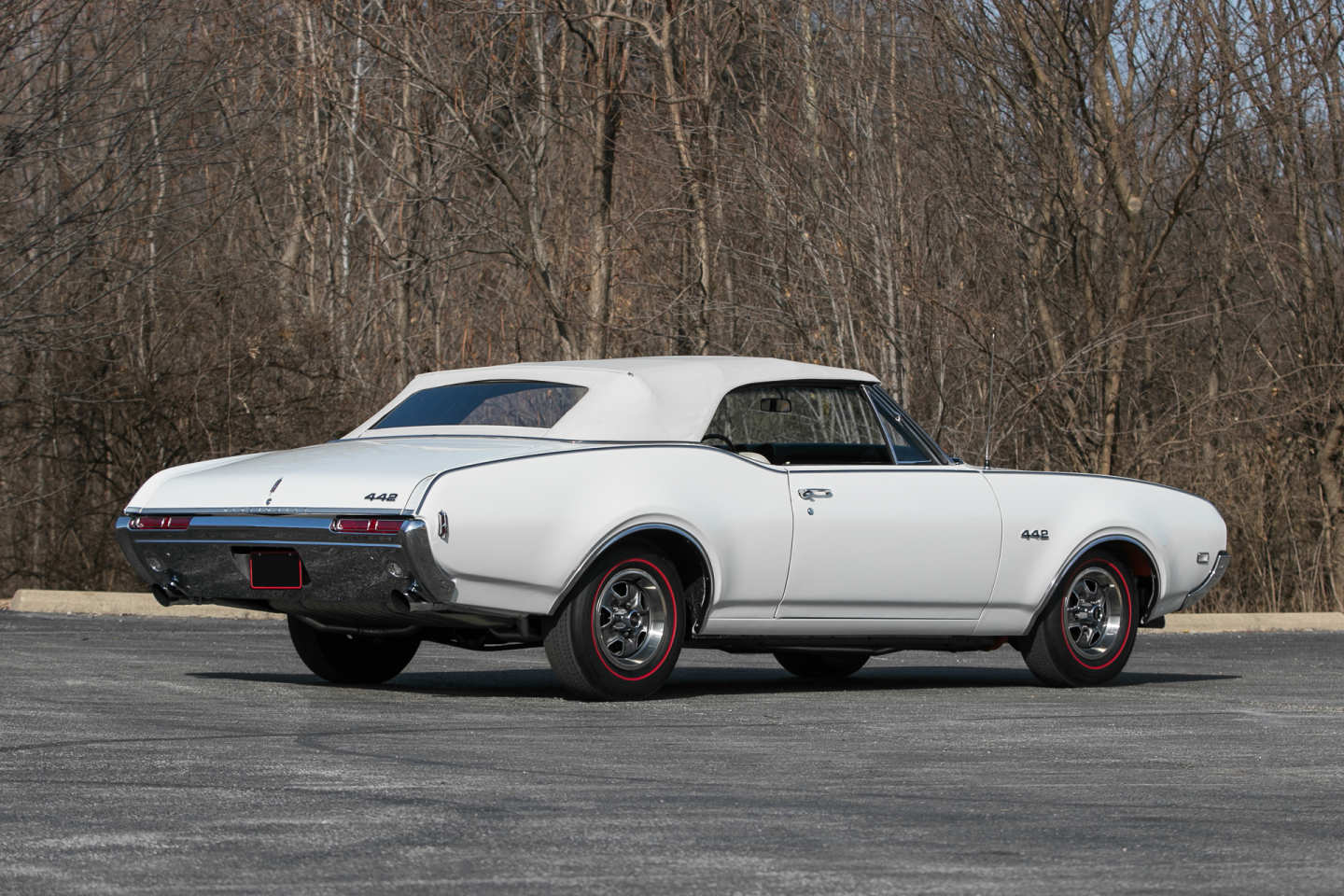 2nd Image of a 1968 OLDSMOBILE CUTLASS 442