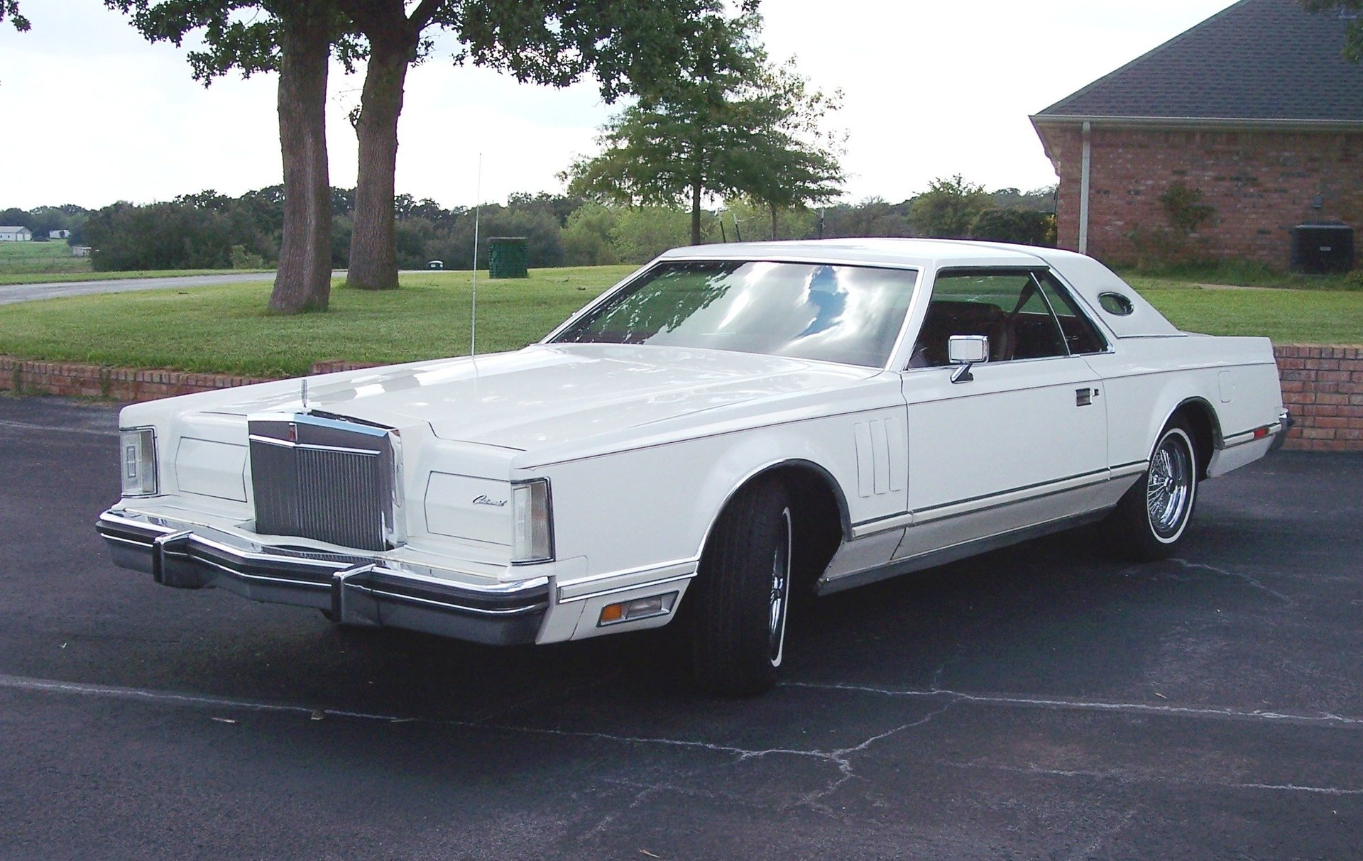11th Image of a 1977 LINCOLN CONTINENTAL MARK V