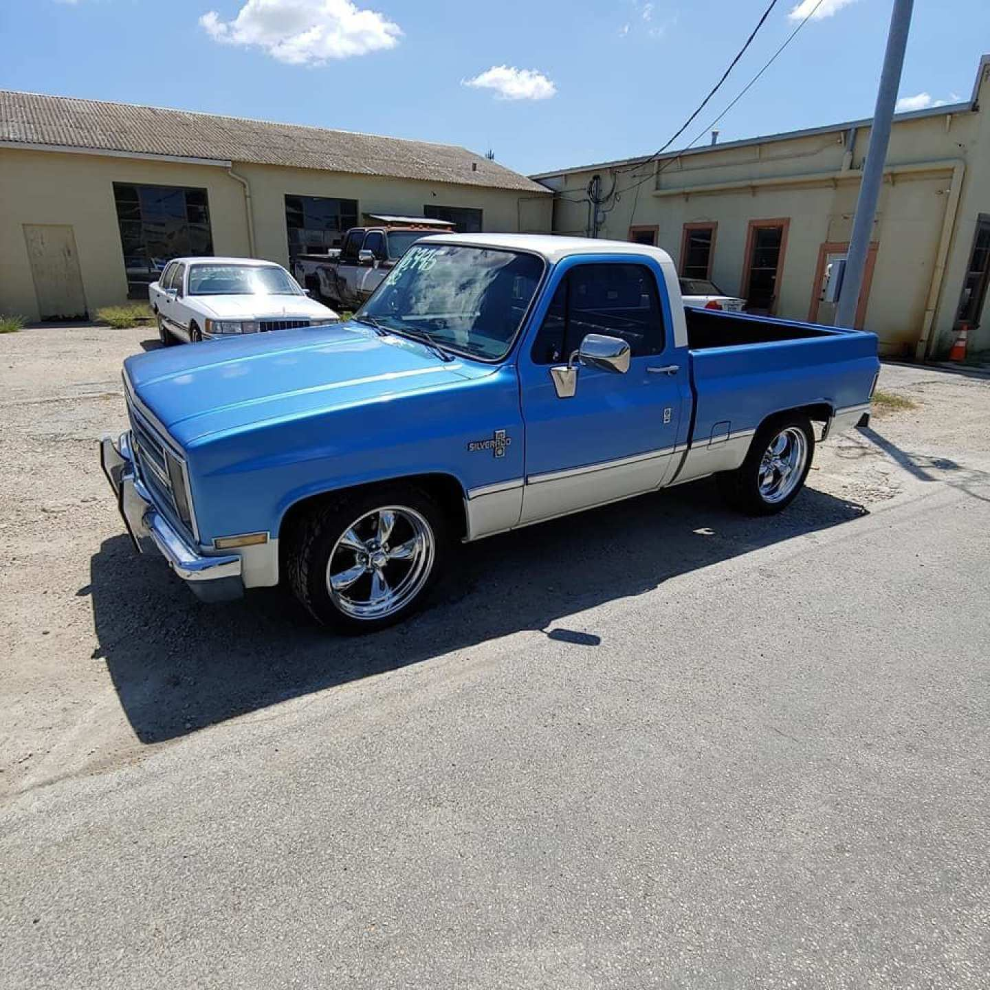 1st Image of a 1982 CHEVROLET C-10