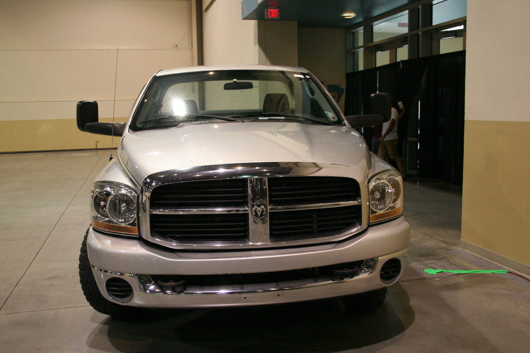 14th Image of a 2006 DODGE RAM PICKUP 2500