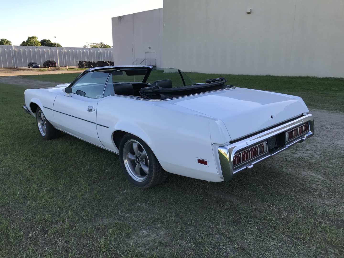 2nd Image of a 1973 MERCURY COUGAR XR7