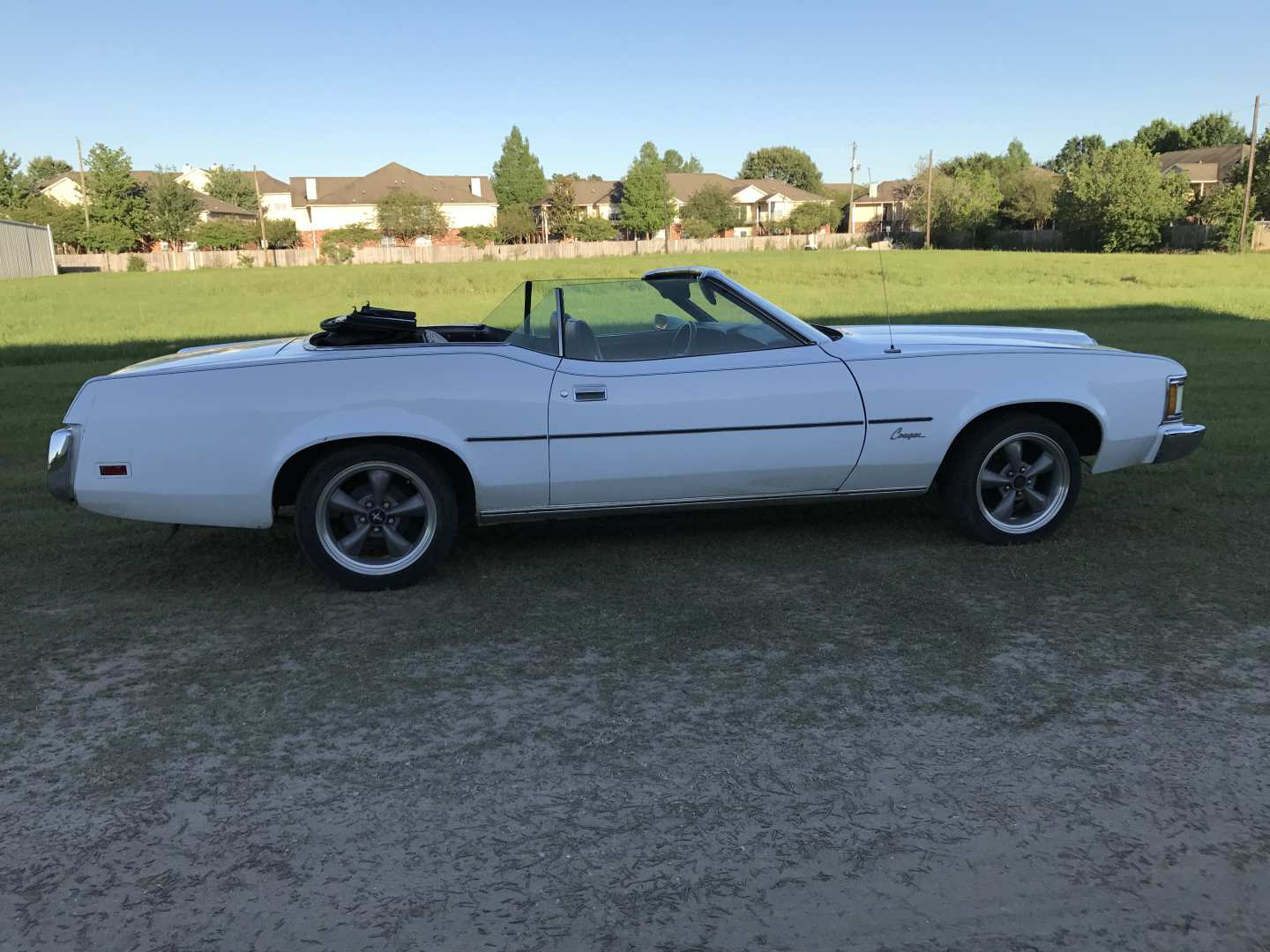 3rd Image of a 1973 MERCURY COUGAR XR7
