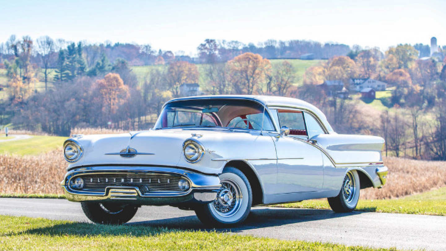 9th Image of a 1957 OLDSMOBILE SUPER 88
