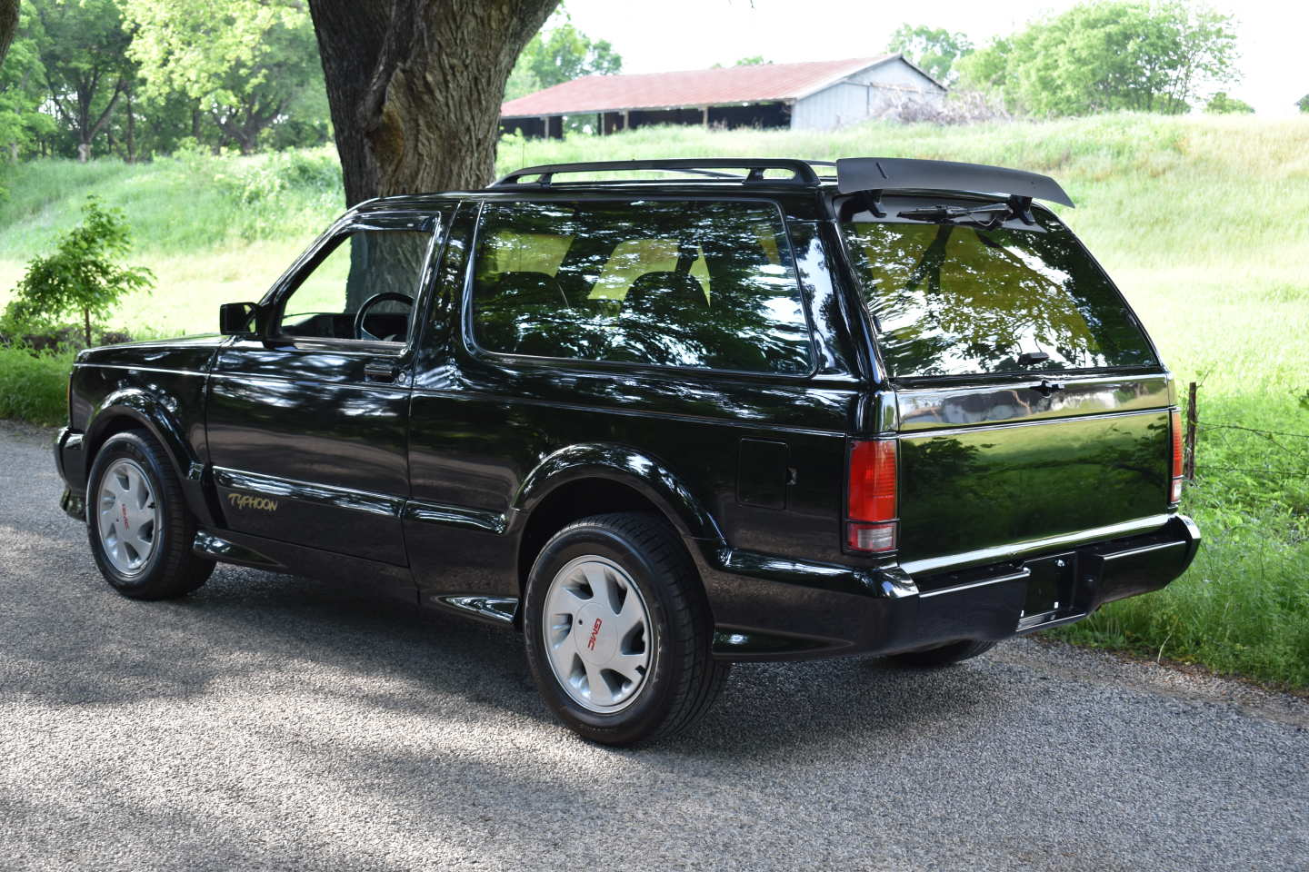 1st Image of a 1993 GMC TYPHOON