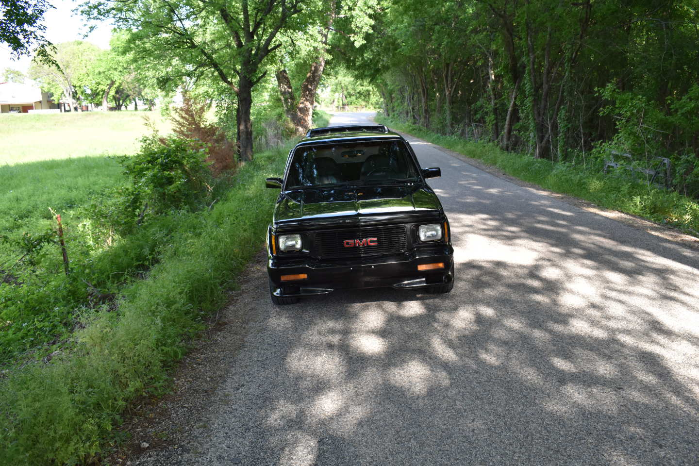 6th Image of a 1993 GMC TYPHOON