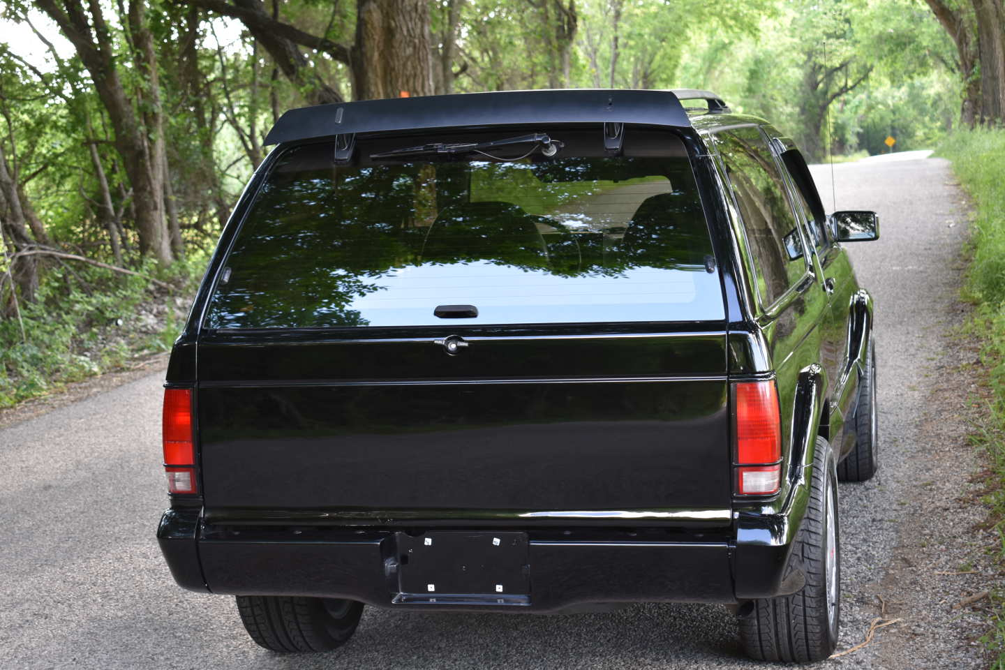 16th Image of a 1993 GMC TYPHOON