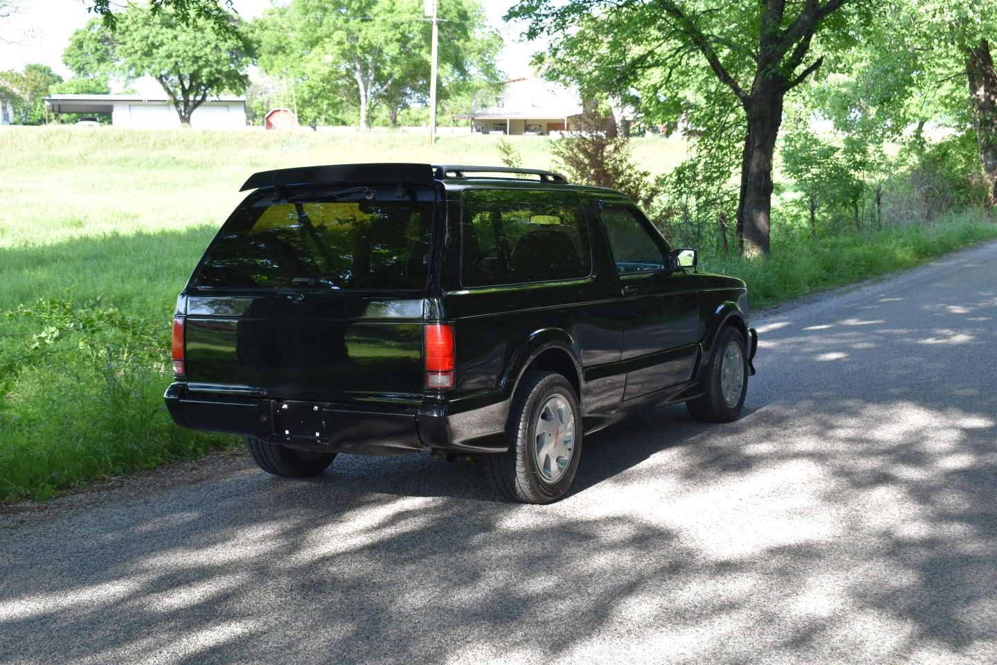 17th Image of a 1993 GMC TYPHOON