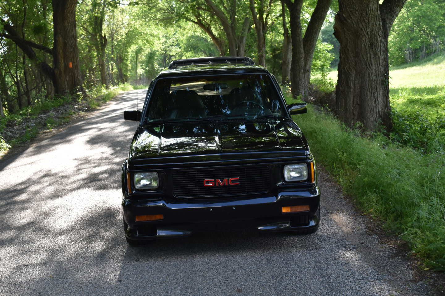 21st Image of a 1993 GMC TYPHOON