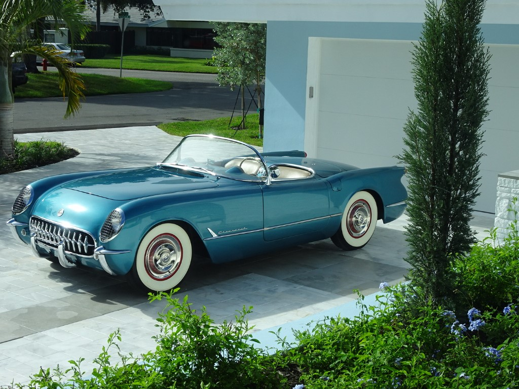 2nd Image of a 1954 CHEVROLET CORVETTE