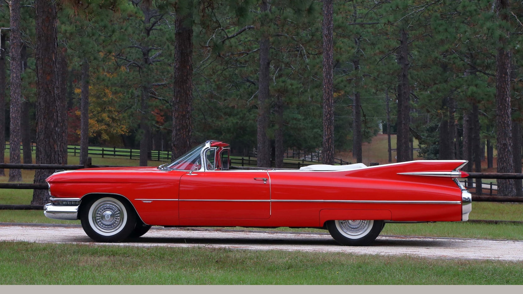 2nd Image of a 1959 CADILLAC SERIES 62