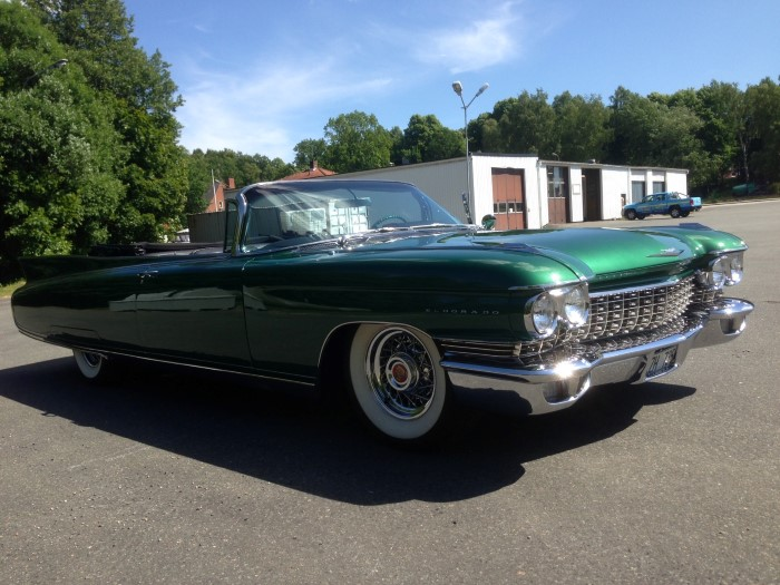 2nd Image of a 1960 CADILLAC BARRIATZ