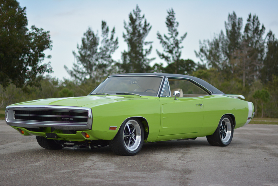 2nd Image of a 1970 DODGE CHARGER 500